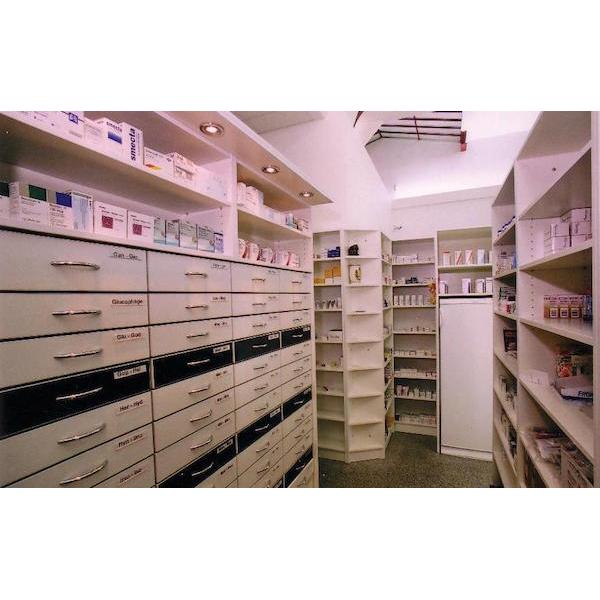 Zásuvkové systémy pro lékárny, obchody a sklady