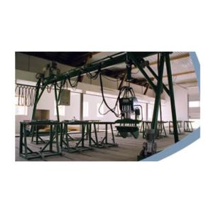 Technologická zařízení pro výrobu dřevěných konstrukcí